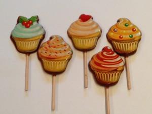 cupcake lollipops